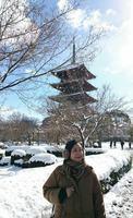 '17.1.15東寺と雪と瞳.jpg